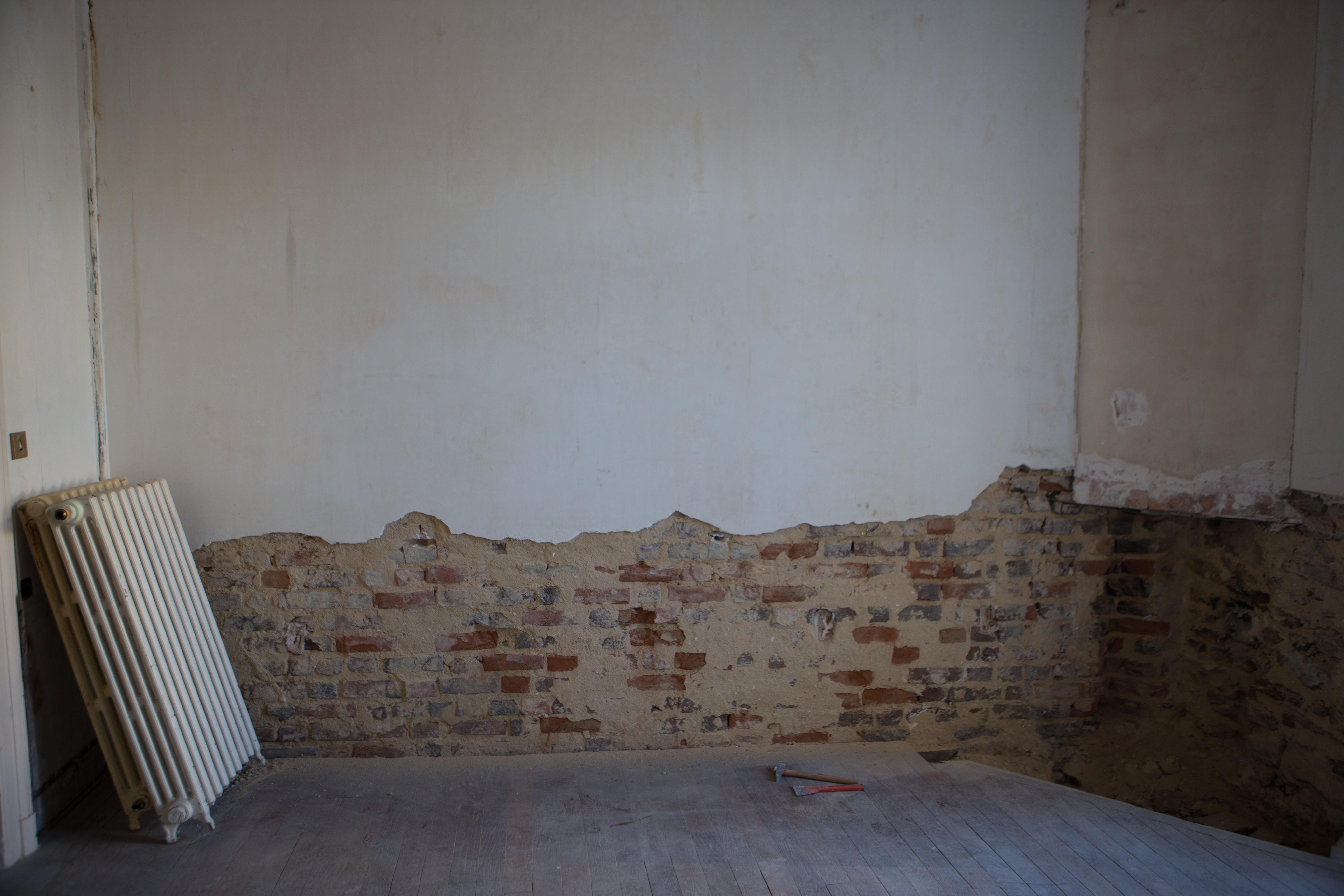 Murs Au 33 De La Rue