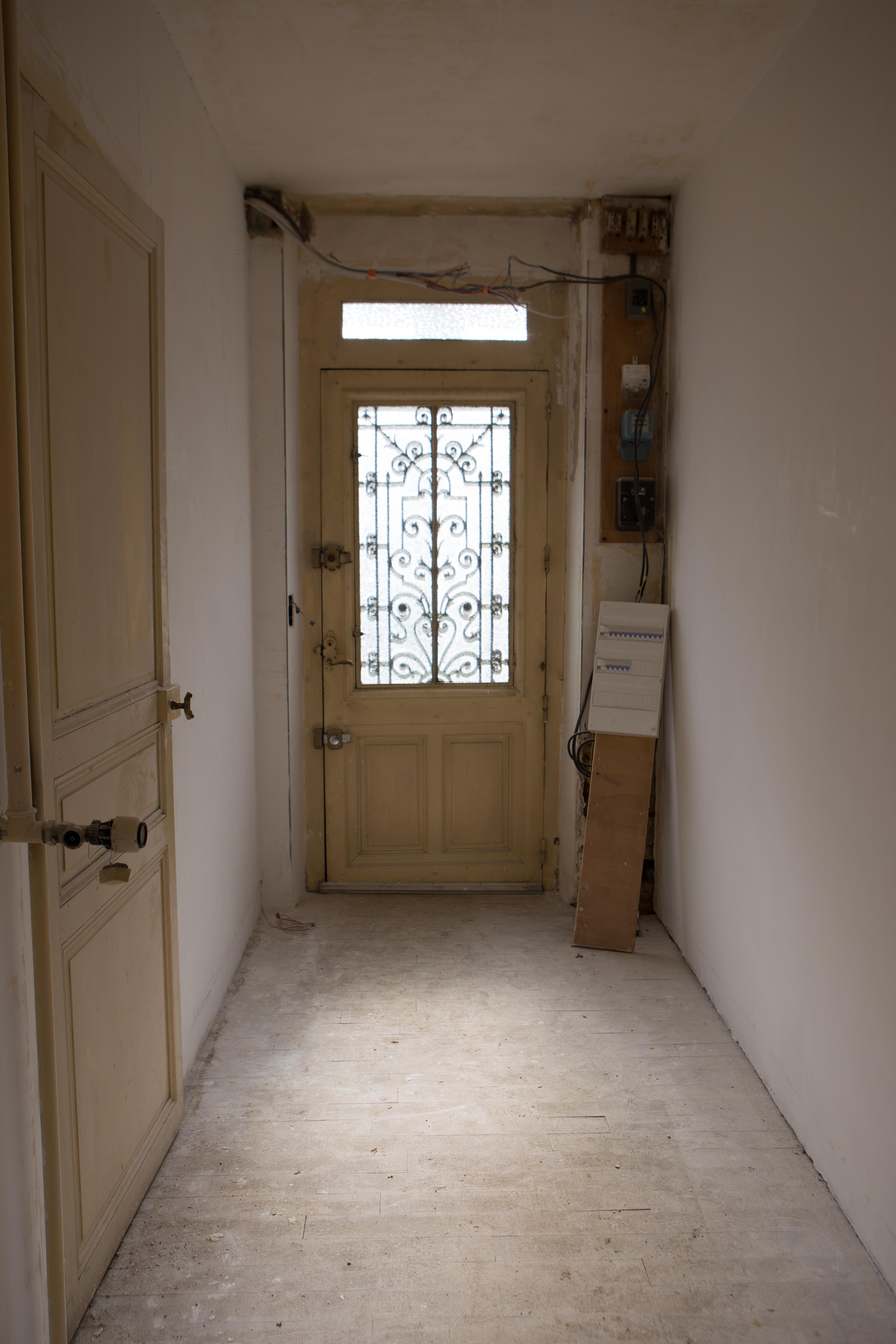 lambris au 33 de la rue. Black Bedroom Furniture Sets. Home Design Ideas
