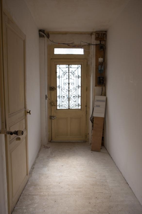 au 33 de la rue restauration d 39 une maison de ville 1900 page 2. Black Bedroom Furniture Sets. Home Design Ideas
