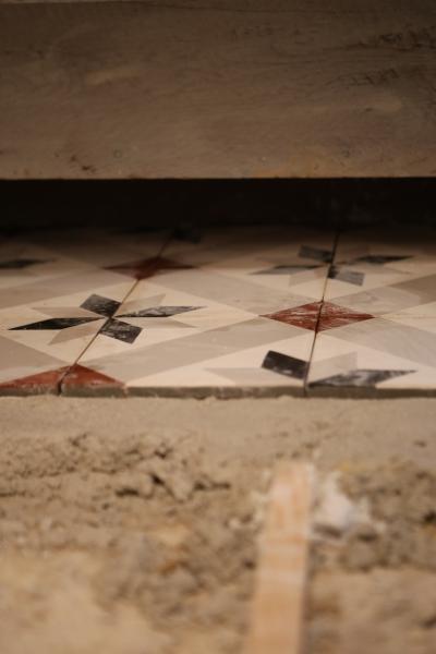 carrelage-sous-lescalier-4